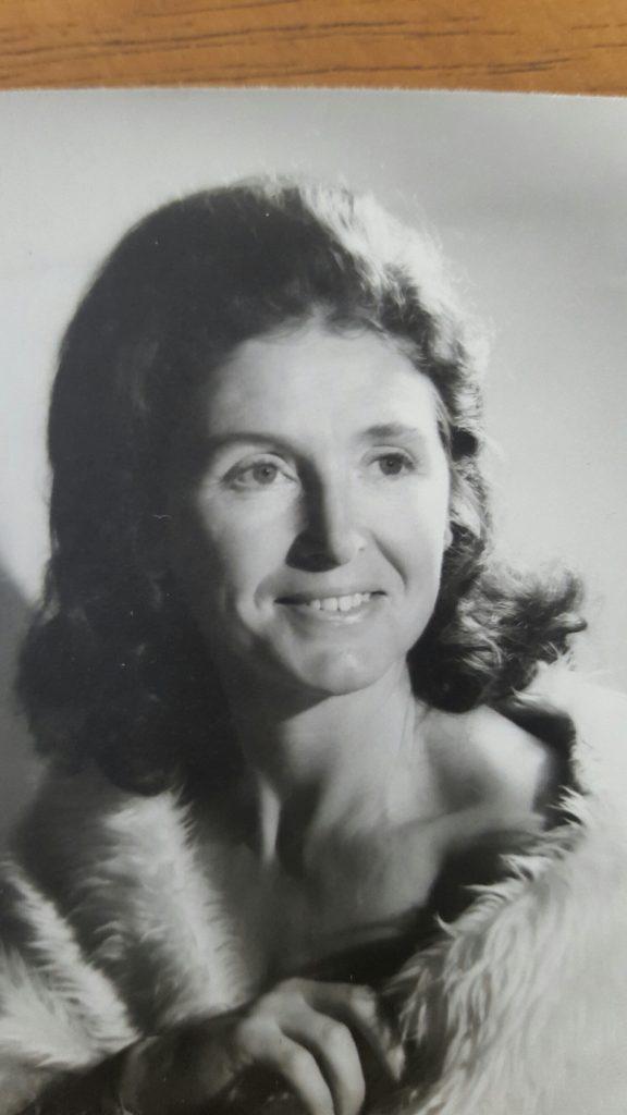 Patricia Viola Hughes