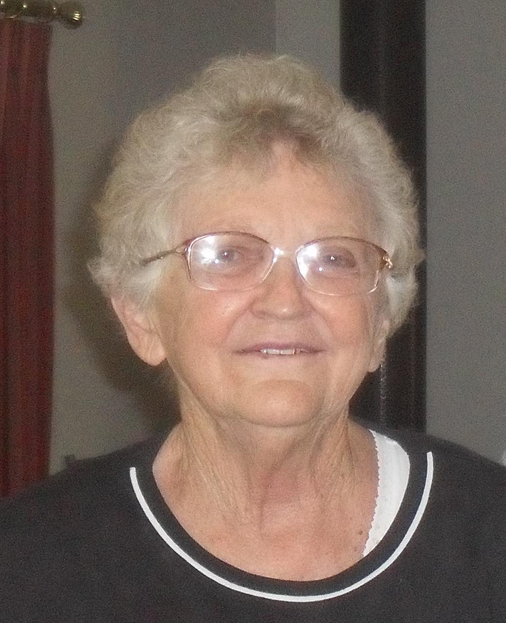 Daphne Gwenellean Perkins